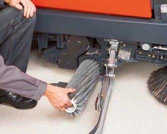 fregadora-conductor-acompañante-310-6