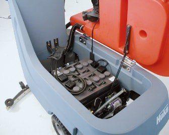 fregadora-conductor-acompañante-b70-11